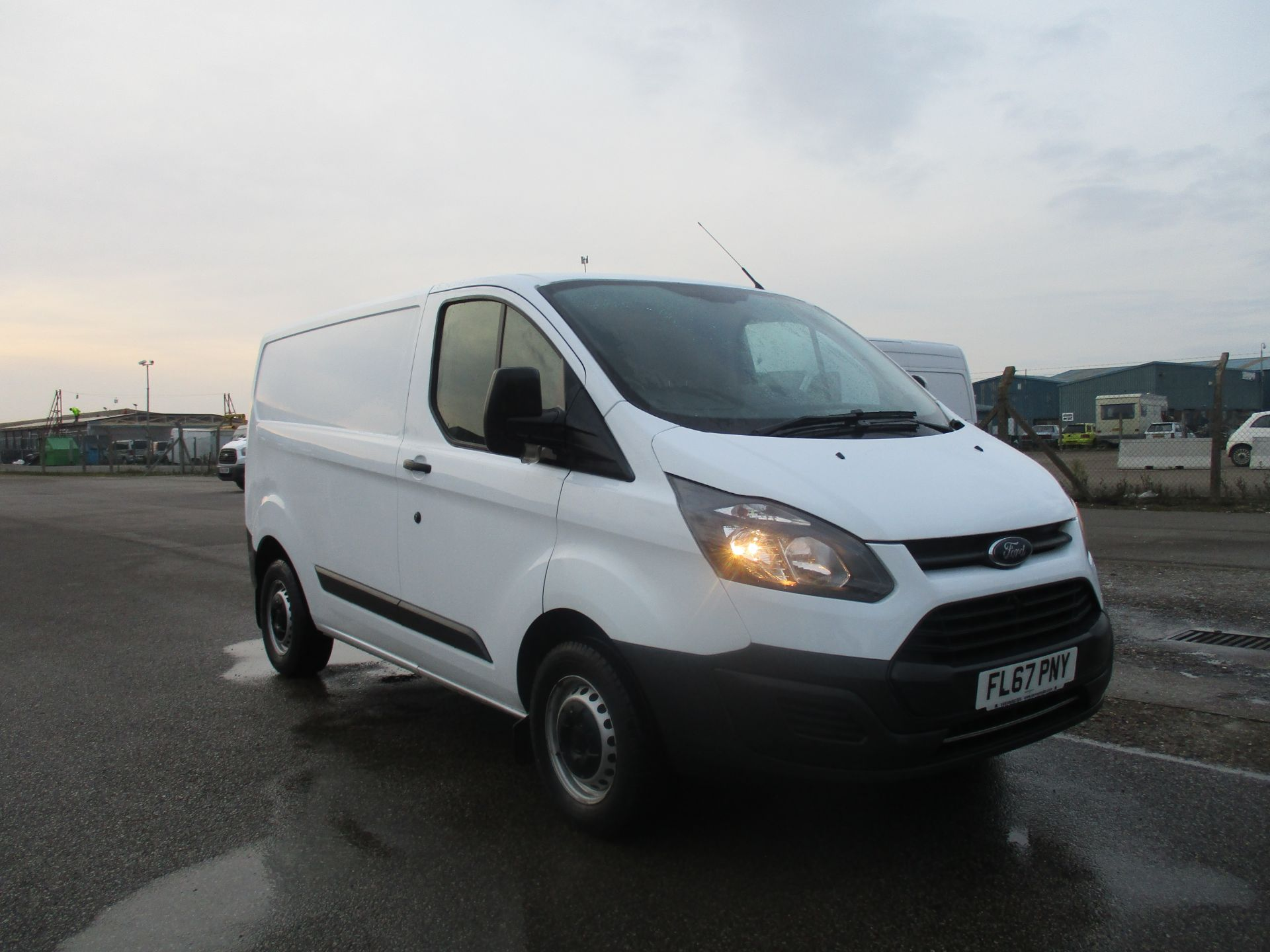 2017 Ford Transit Custom 290 L1 DIESEL FWD 2.0 TDCI 105PS LOW ROOF VAN EURO 6 (FL67PNY)