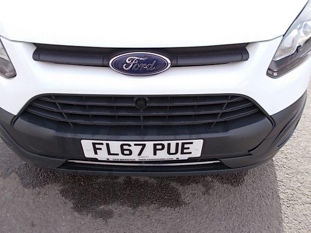 2017 Ford Transit Custom  290 L1 DIESEL FWD 2.0 TDCI 105PS LOW ROOF VAN EURO 6 (FL67PUE) Image 24