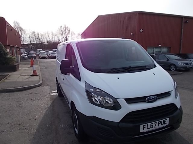 2017 Ford Transit Custom  290 L1 DIESEL FWD 2.0 TDCI 105PS LOW ROOF VAN EURO 6 (FL67PUE) Thumbnail 1