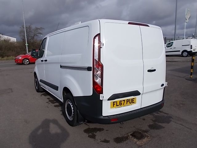 2017 Ford Transit Custom  290 L1 DIESEL FWD 2.0 TDCI 105PS LOW ROOF VAN EURO 6 (FL67PUE) Thumbnail 4