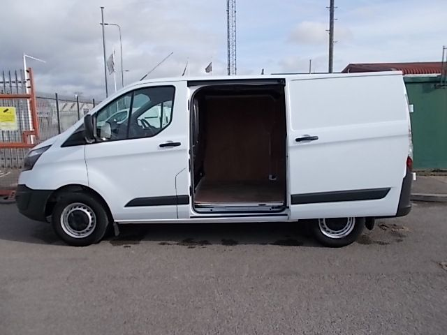 2017 Ford Transit Custom  290 L1 DIESEL FWD 2.0 TDCI 105PS LOW ROOF VAN EURO 6 (FL67PUE) Thumbnail 10