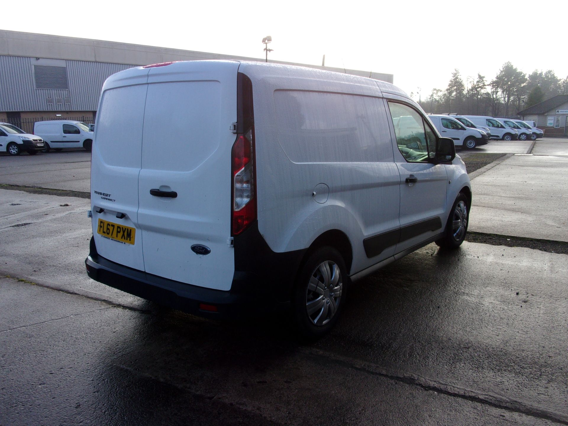 2017 Ford Transit Connect 200 L1 DIESEL 1.5 TDCI 75PS VAN  (FL67PXM) Thumbnail 9