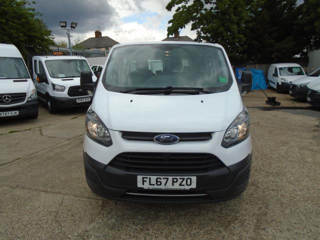 2017 Ford Transit Custom 2.0 Tdci 130Ps Low Roof Kombi Van (FL67PZO) Image 2