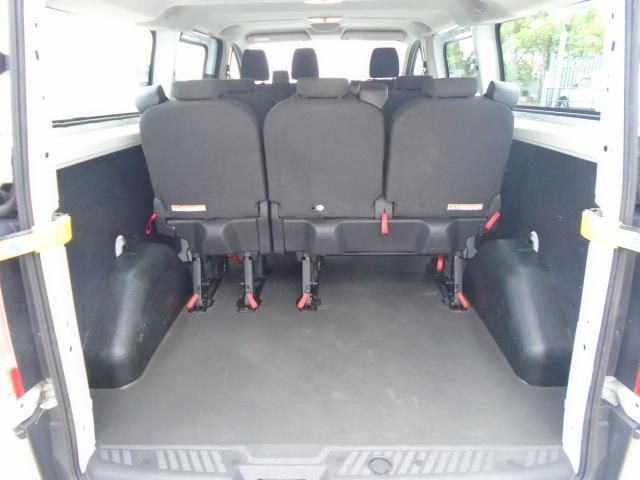 2017 Ford Transit Custom 2.0 Tdci 130Ps Low Roof Kombi Van (FL67PZO) Image 16