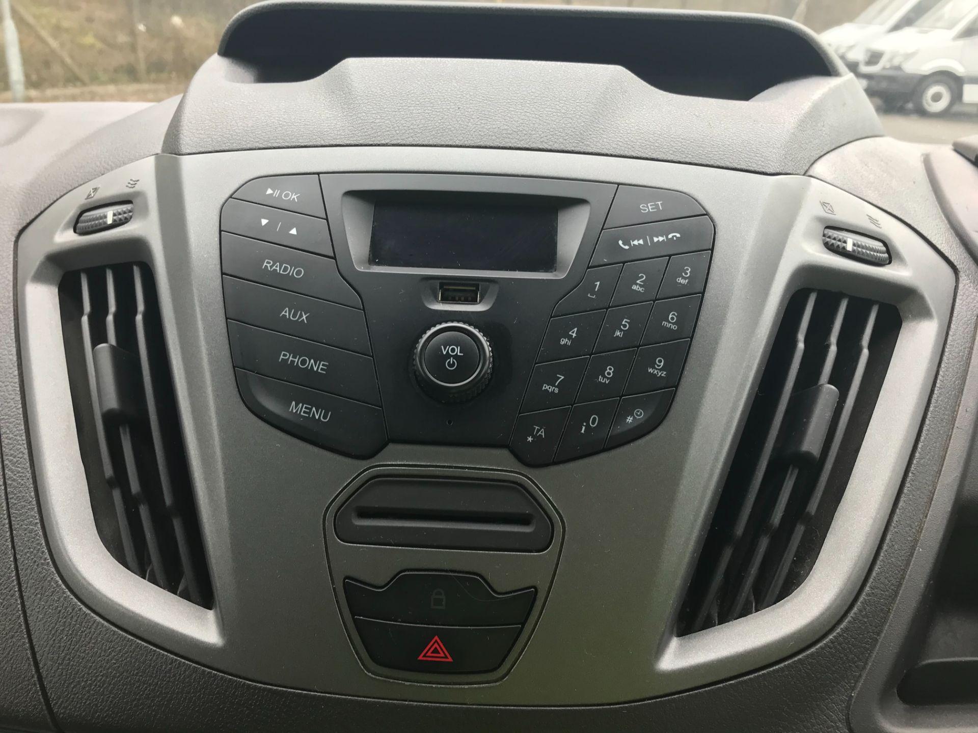 2017 Ford Transit Custom  290 L1 DIESEL FWD 2.0 TDCI 105PS LOW ROOF VAN EURO 6 (FL67RBV) Image 20