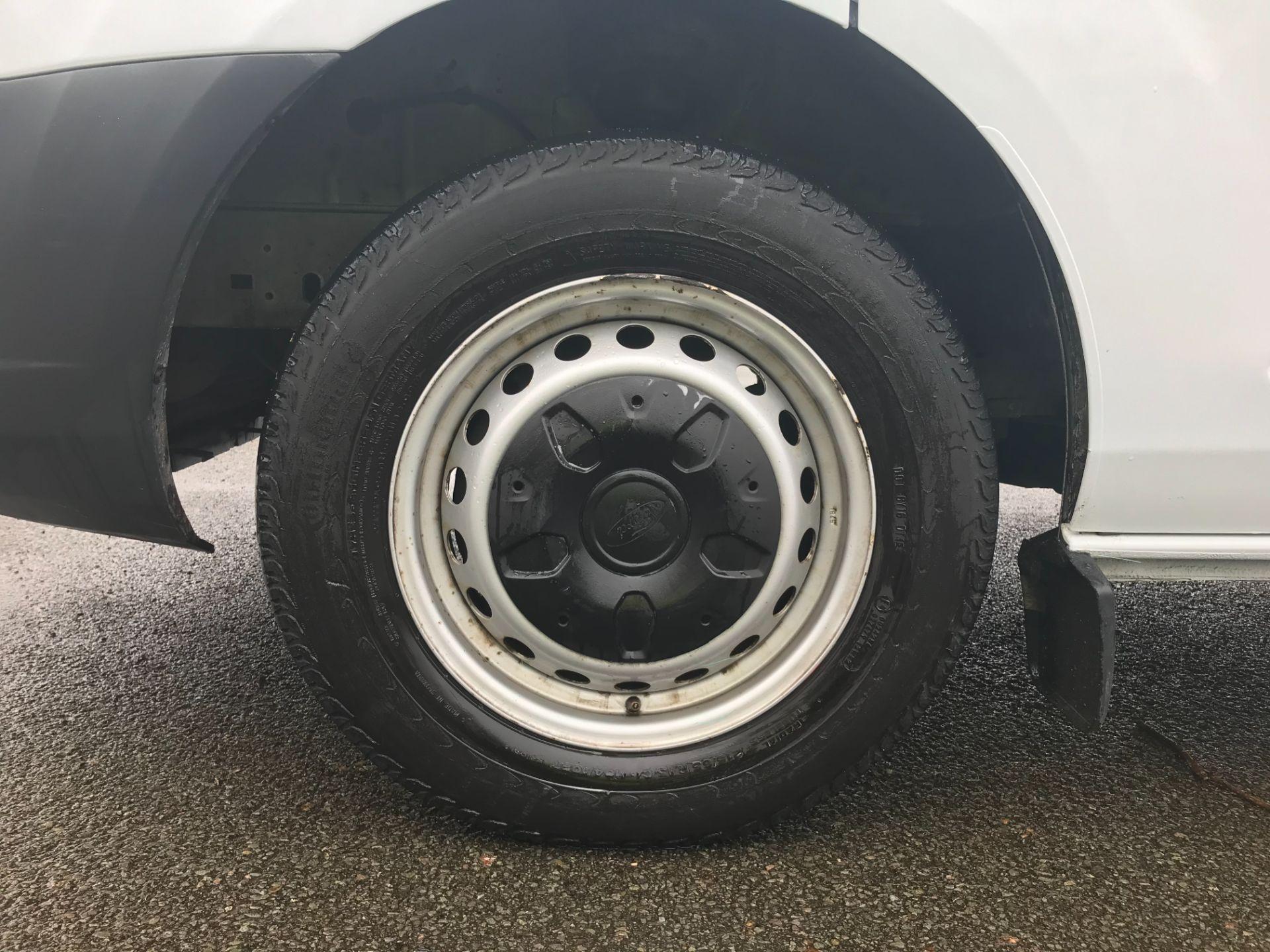 2017 Ford Transit Custom  290 L1 DIESEL FWD 2.0 TDCI 105PS LOW ROOF VAN EURO 6 (FL67RBV) Image 13