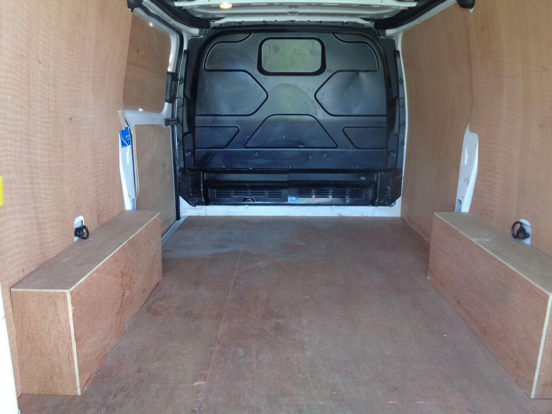 2017 Ford Transit Custom  290 L1 DIESEL FWD 2.0 TDCI 105PS LOW ROOF VAN EURO 6 (FL67RGO) Image 8