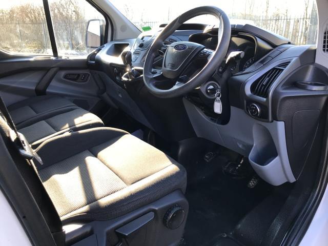 2017 Ford Transit Custom  290 L1 2.0TDCI 105PS LOW ROOF EURO 6 (FL67RJY) Image 2