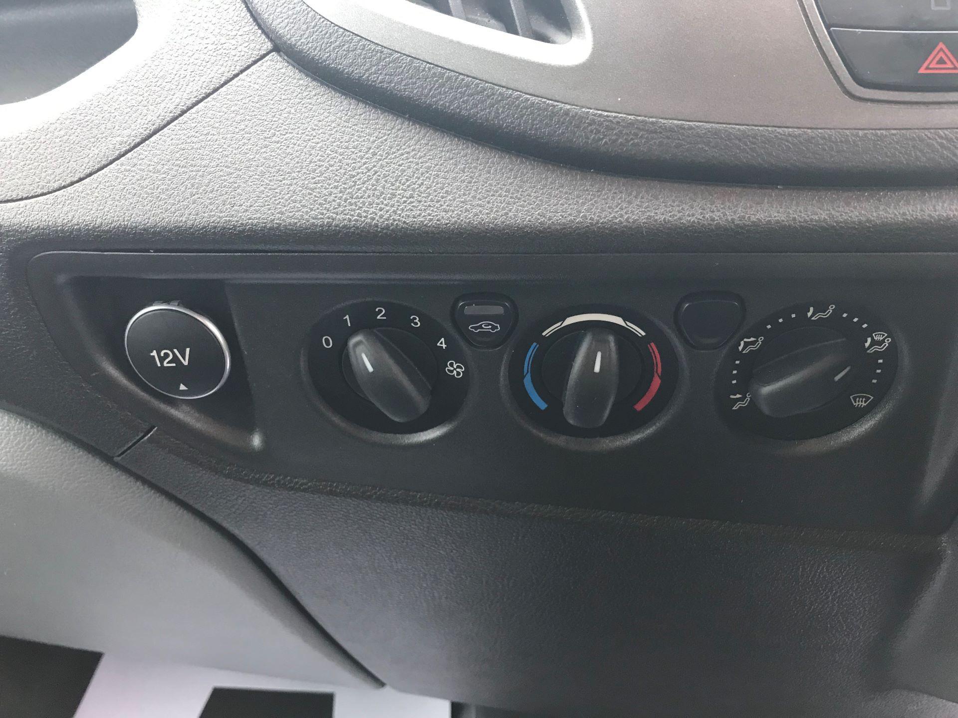 2017 Ford Transit L3 H3 VAN 130PS EURO 6 (FL67RKF) Image 20
