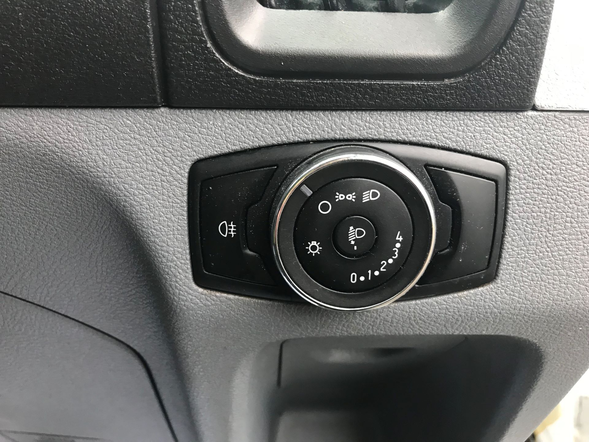 2017 Ford Transit L3 H3 VAN 130PS EURO 6 (FL67RKF) Image 24