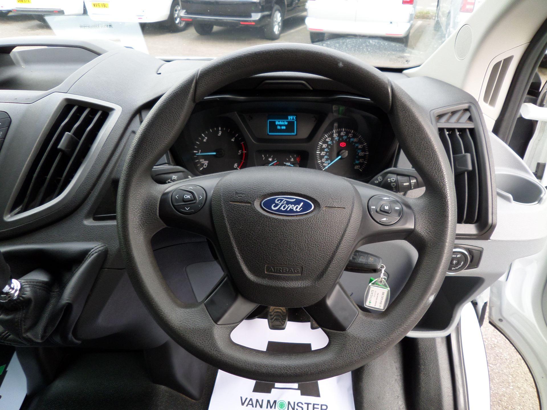 2017 Ford Transit 2.0 Tdci 130Ps H3 Van Euro 6 (FL67RYH) Image 5