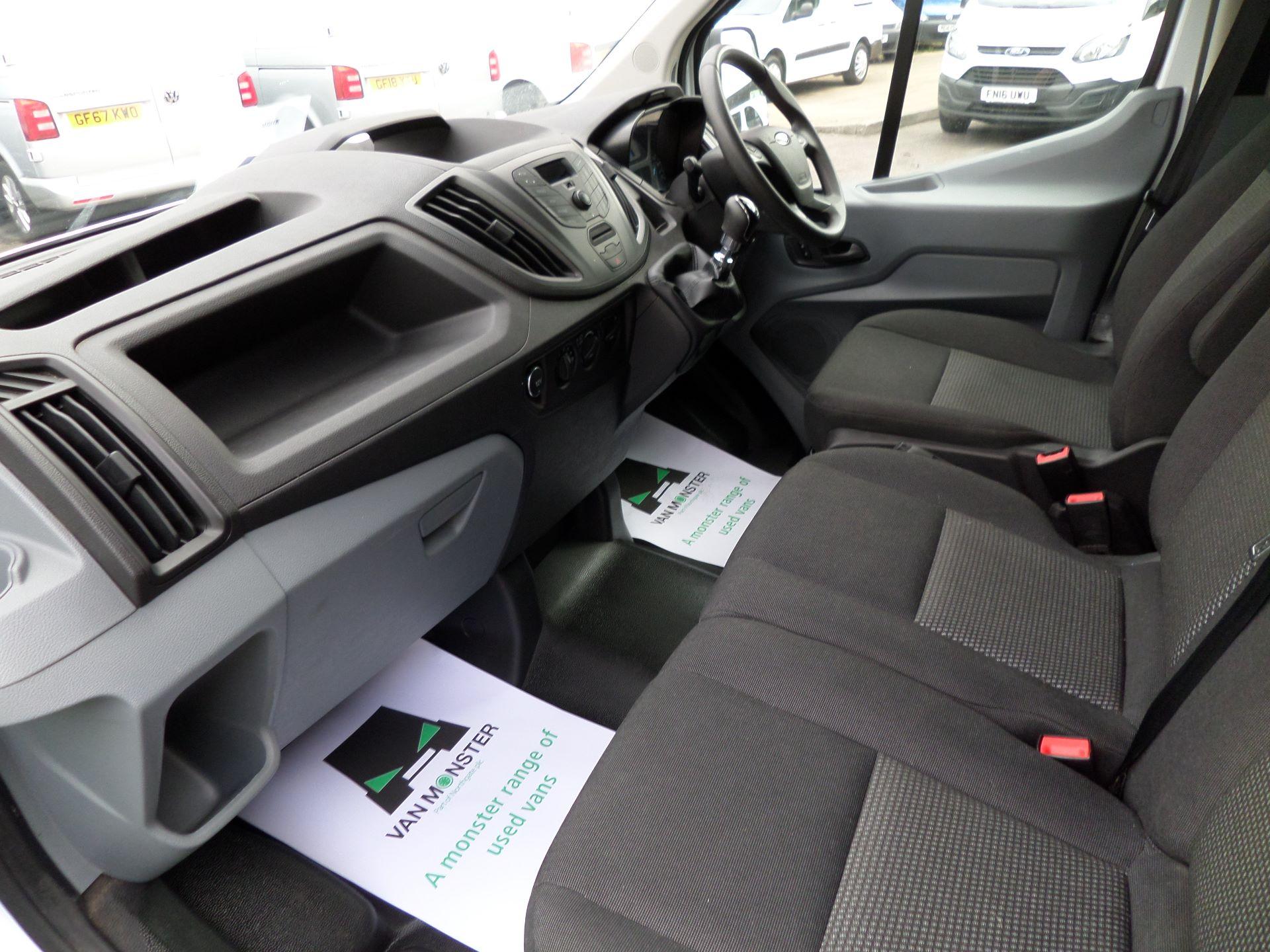 2017 Ford Transit 2.0 Tdci 130Ps H3 Van Euro 6 (FL67RYH) Image 10