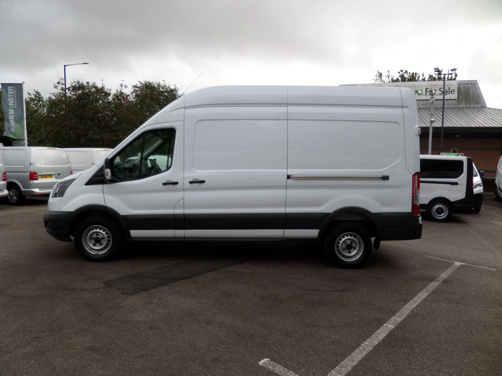 2017 Ford Transit 2.0 Tdci 130Ps H3 Van Euro 6 (FL67RYH) Image 9