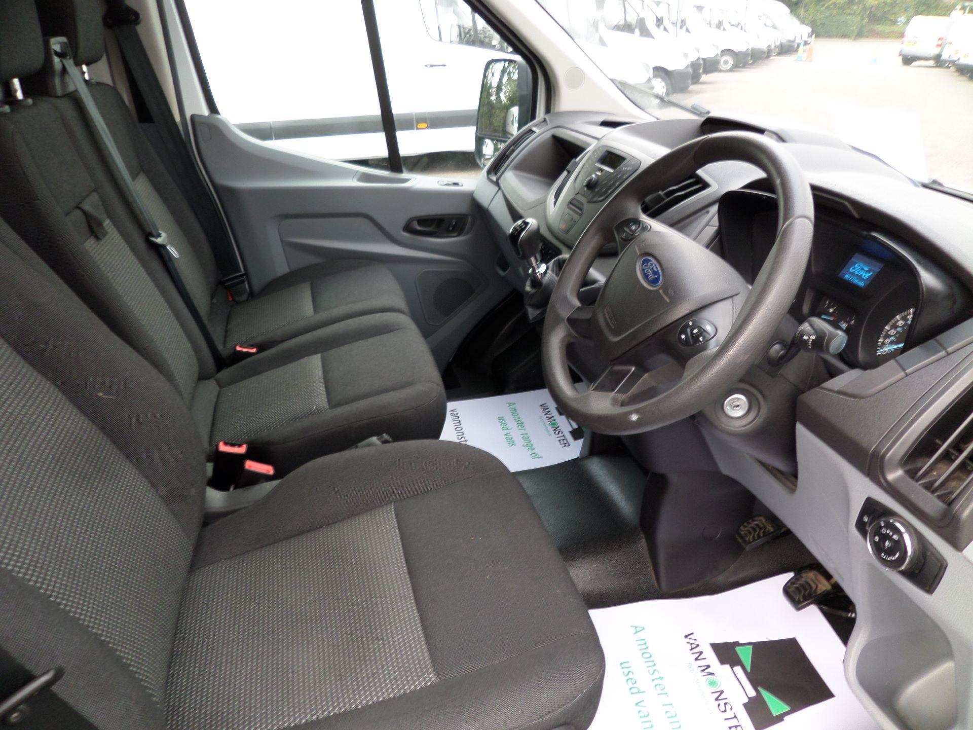 2017 Ford Transit 2.0 Tdci 130Ps H3 Van Euro 6 (FL67RYH) Image 2
