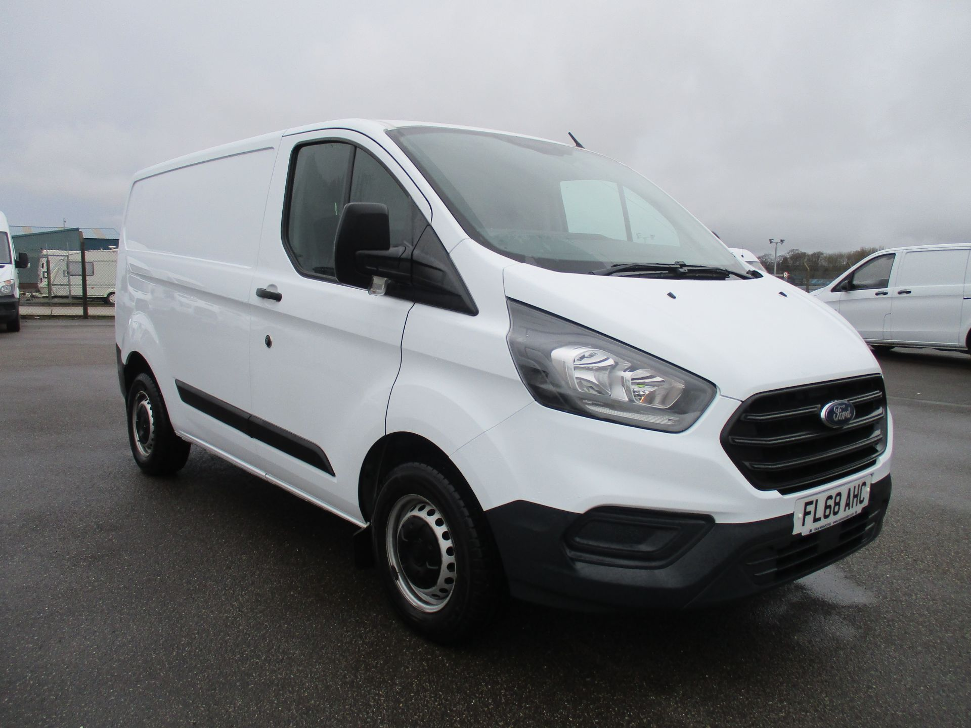 2018 Ford Transit Custom 300 L1 DIESEL FWD 2.0 TDCI 105PS LOW ROOF VAN EURO 6 (FL68AHC)