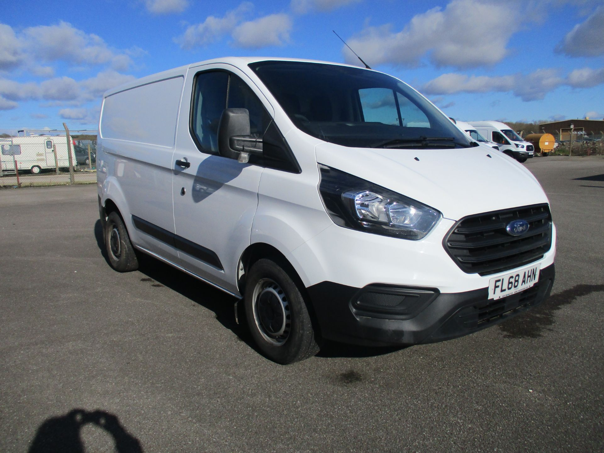 2018 Ford Transit Custom 300 L1 DIESEL FWD 2.0 TDCI 105PS LOW ROOF VAN EURO 6 (FL68AHN)