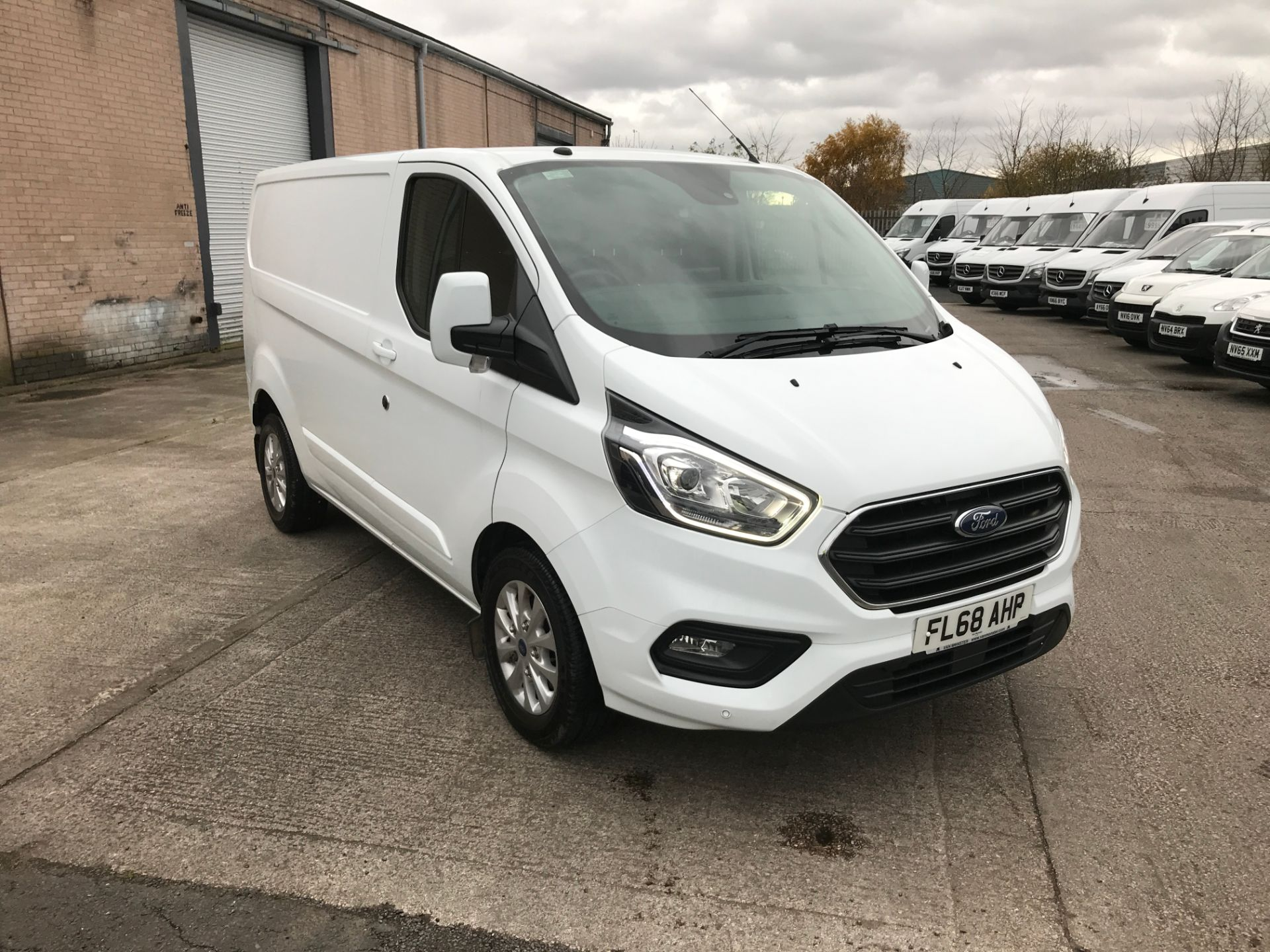 2018 Ford Transit Custom 340 L1 2.0TDCI ECOBLUE 130PS LOW ROOF LIMITED  EURO 6 (FL68AHP)