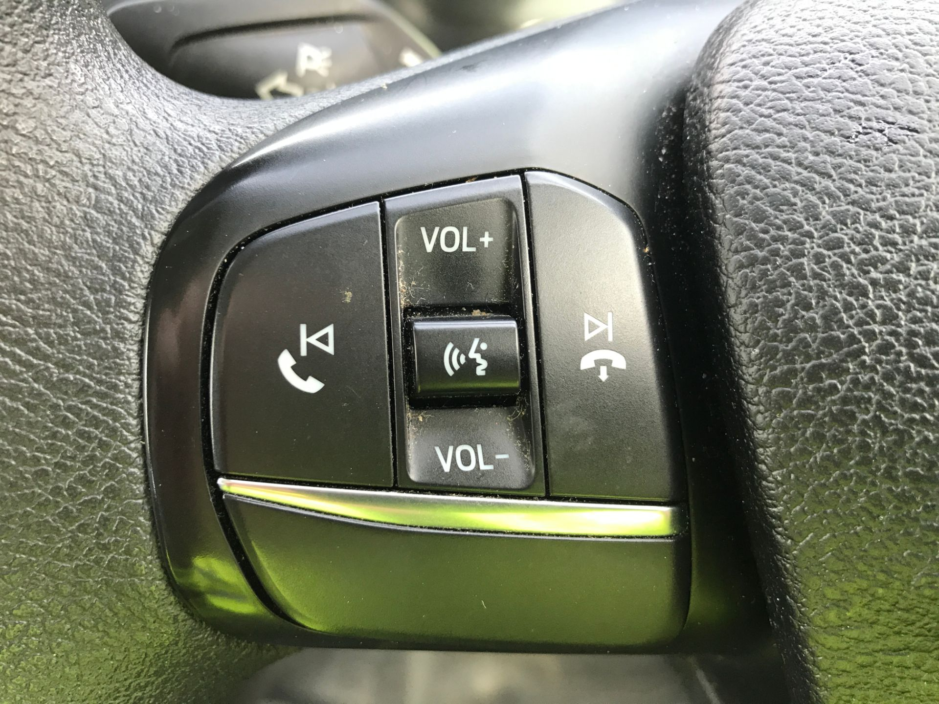 2018 Ford Transit Custom 320 L2 2.0TDCI 130PS 9 SEAT MINIBUS EURO 6 (FL68AOB) Image 23