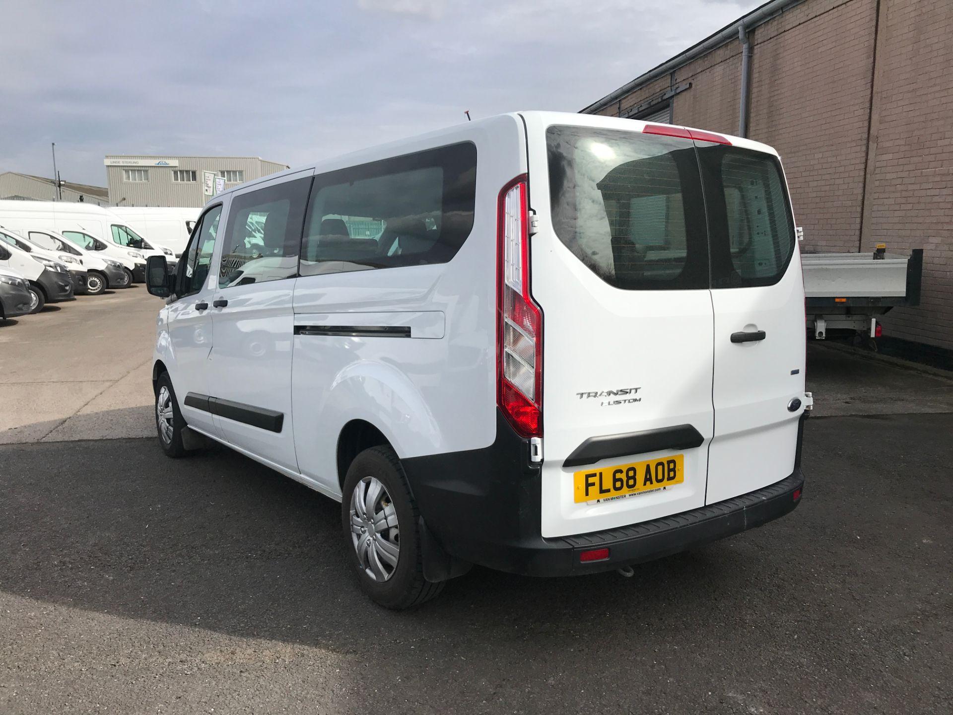 2018 Ford Transit Custom 320 L2 2.0TDCI 130PS 9 SEAT MINIBUS EURO 6 (FL68AOB) Image 10