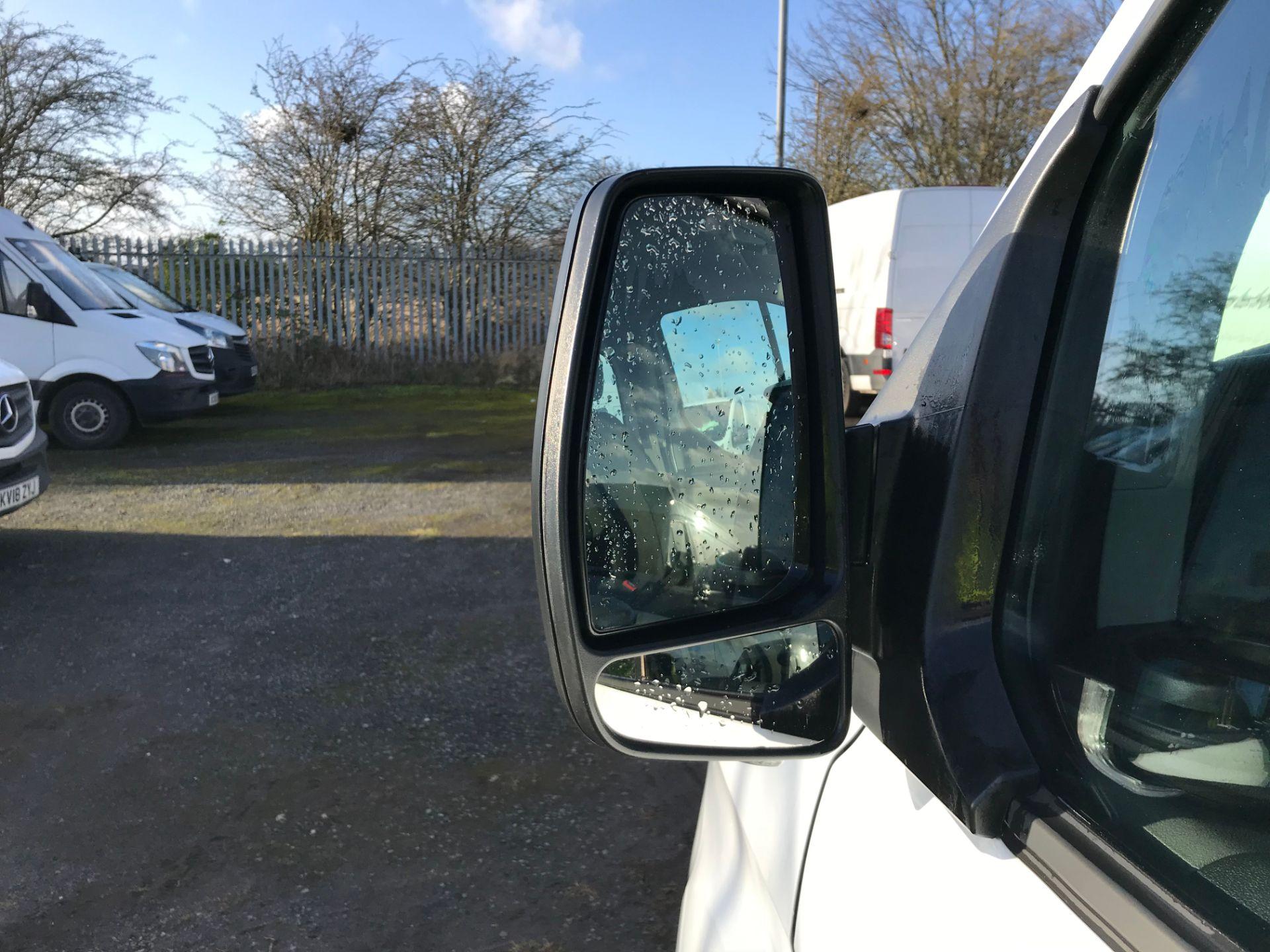 2018 Ford Transit Custom 2.0 Tdci 130Ps Low Roof Kombi Van (FL68AZF) Image 14