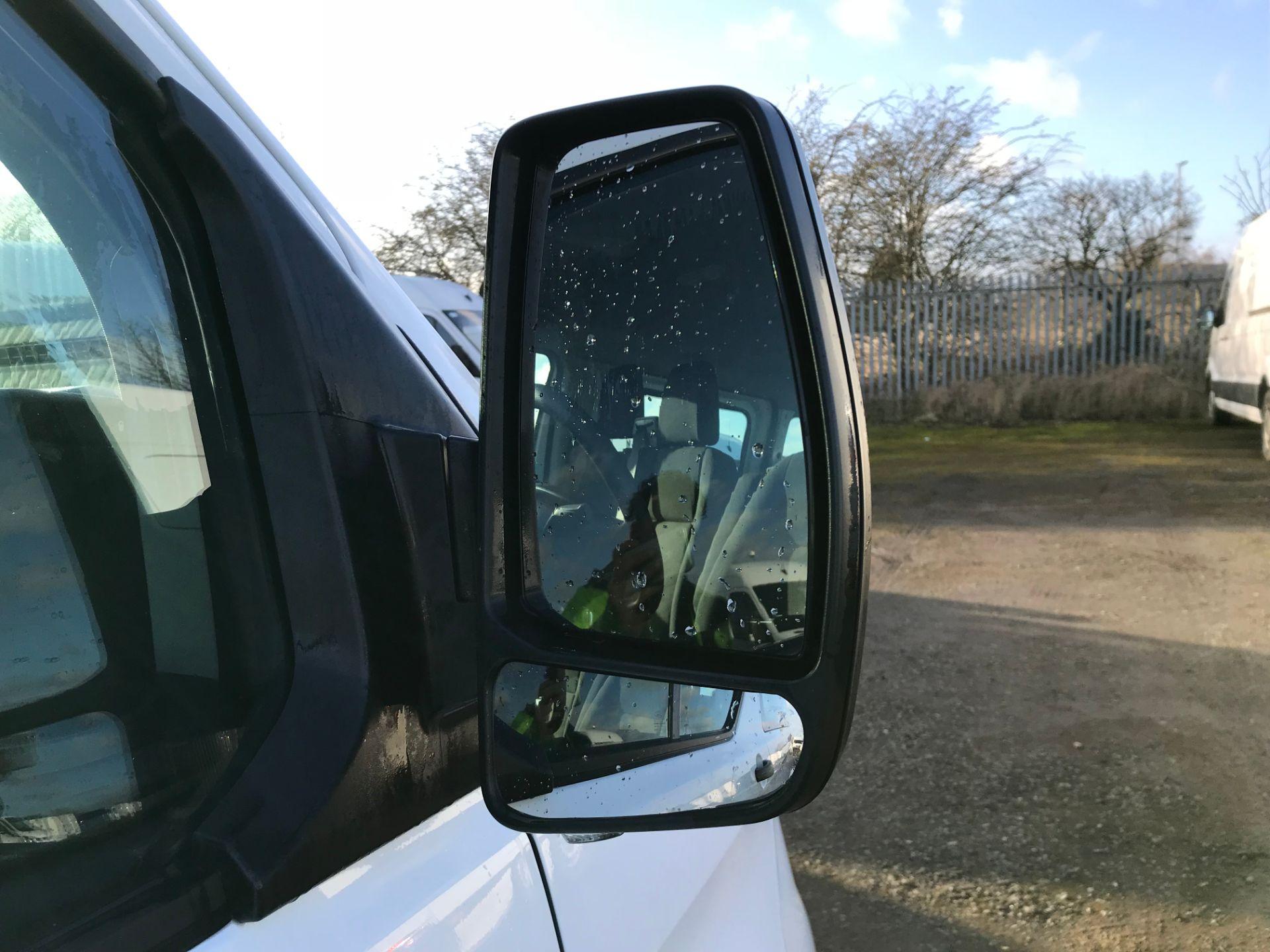 2018 Ford Transit Custom 2.0 Tdci 130Ps Low Roof Kombi Van (FL68AZF) Image 10