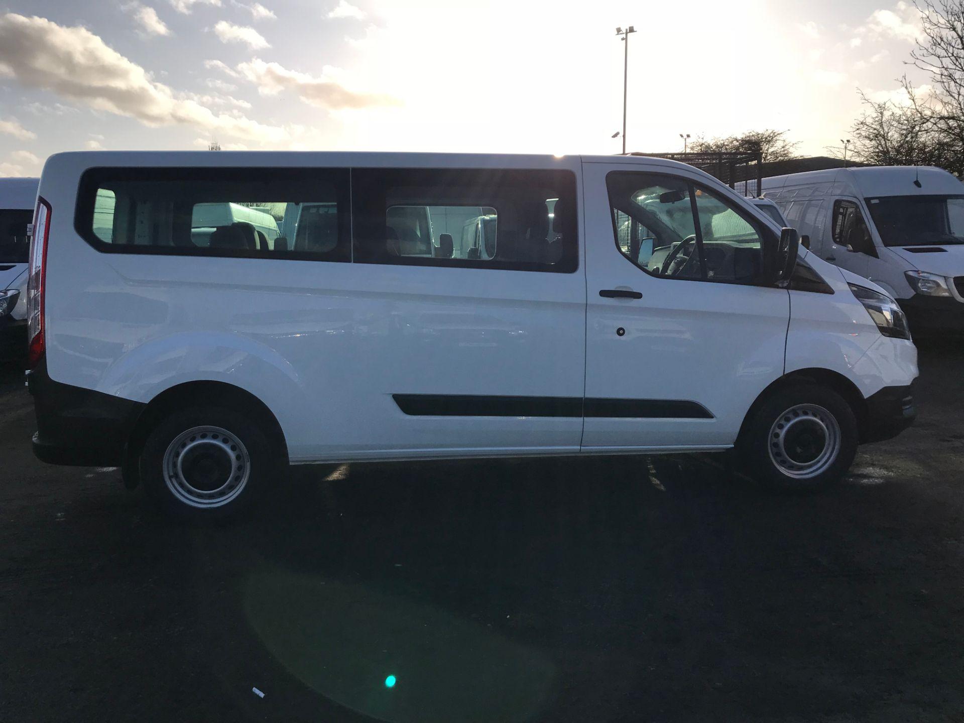 2018 Ford Transit Custom 2.0 Tdci 130Ps Low Roof Kombi Van (FL68AZF) Image 8