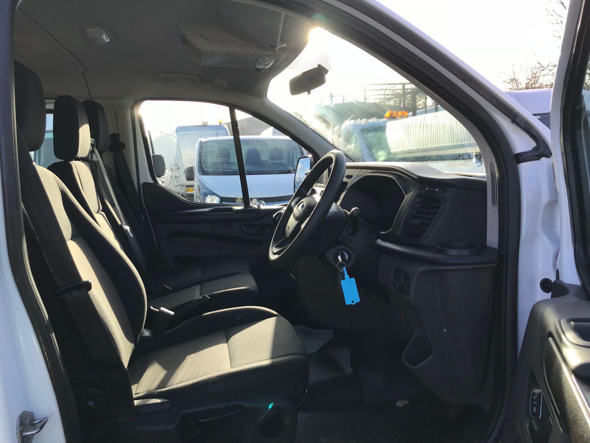 2018 Ford Transit Custom 2.0 Tdci 130Ps Low Roof Kombi Van (FL68AZF) Image 11