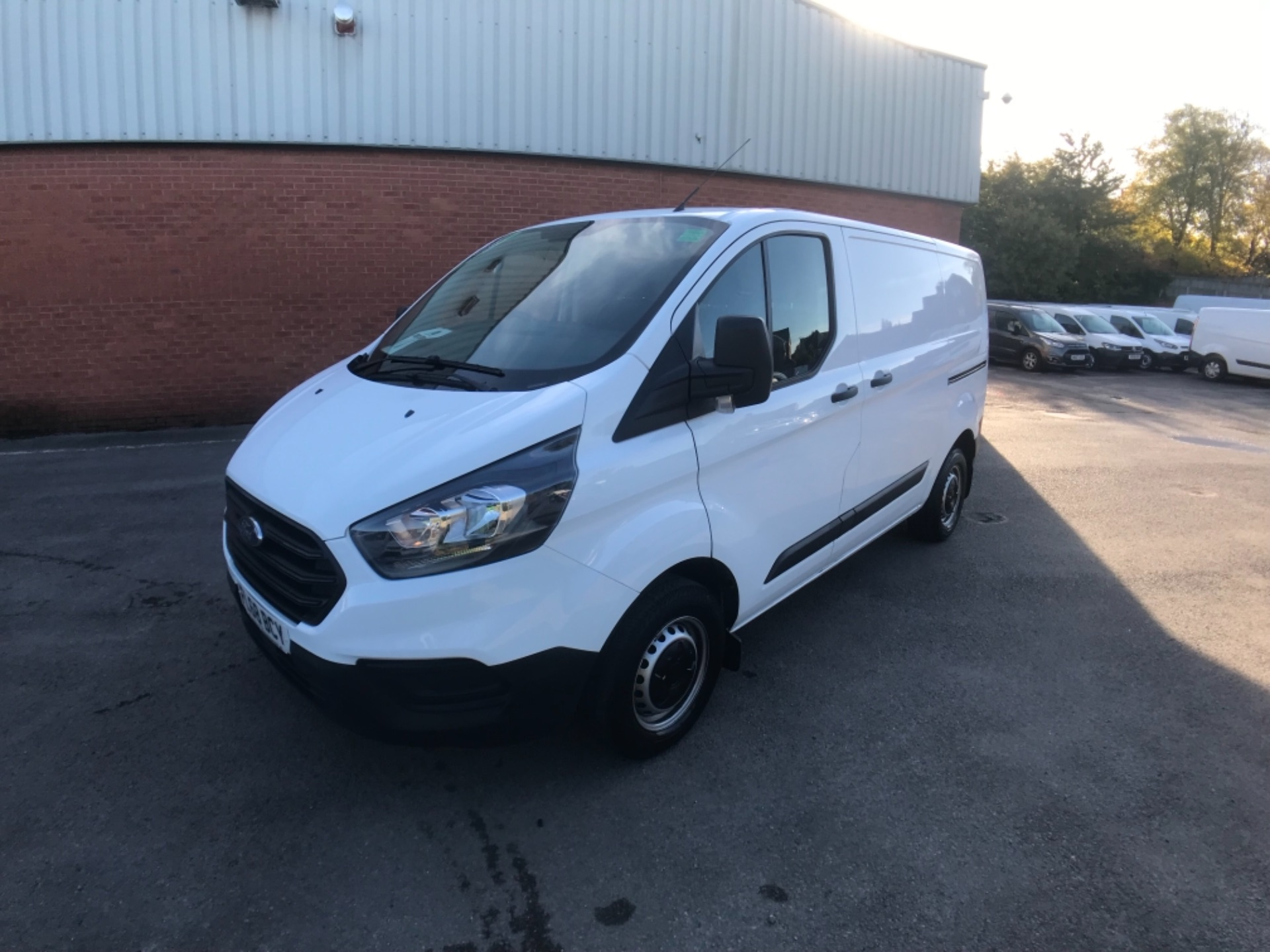 2018 Ford Transit Custom 300 2.0 Tdci 105Ps Low Roof Van Euro 6 (FL68BCY) Image 3