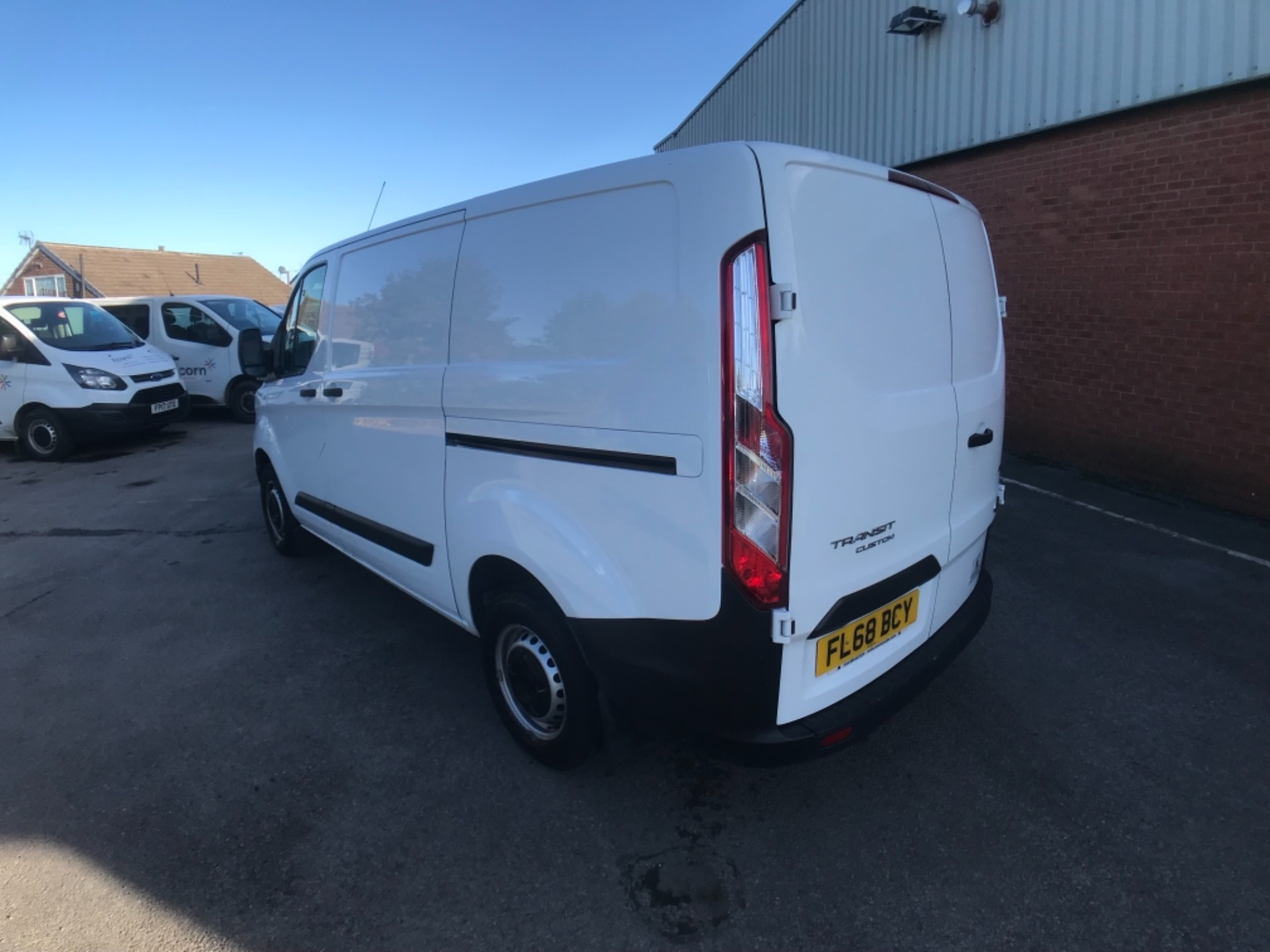 2018 Ford Transit Custom 300 2.0 Tdci 105Ps Low Roof Van Euro 6 (FL68BCY) Image 5