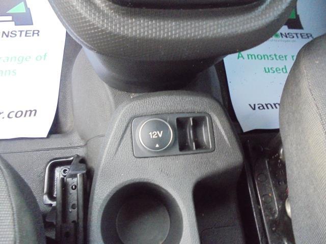 2016 Ford Transit Connect  220 L1 Diesel 1.5 TDCi 75PS Van EURO 6 (FM16EUY) Image 17