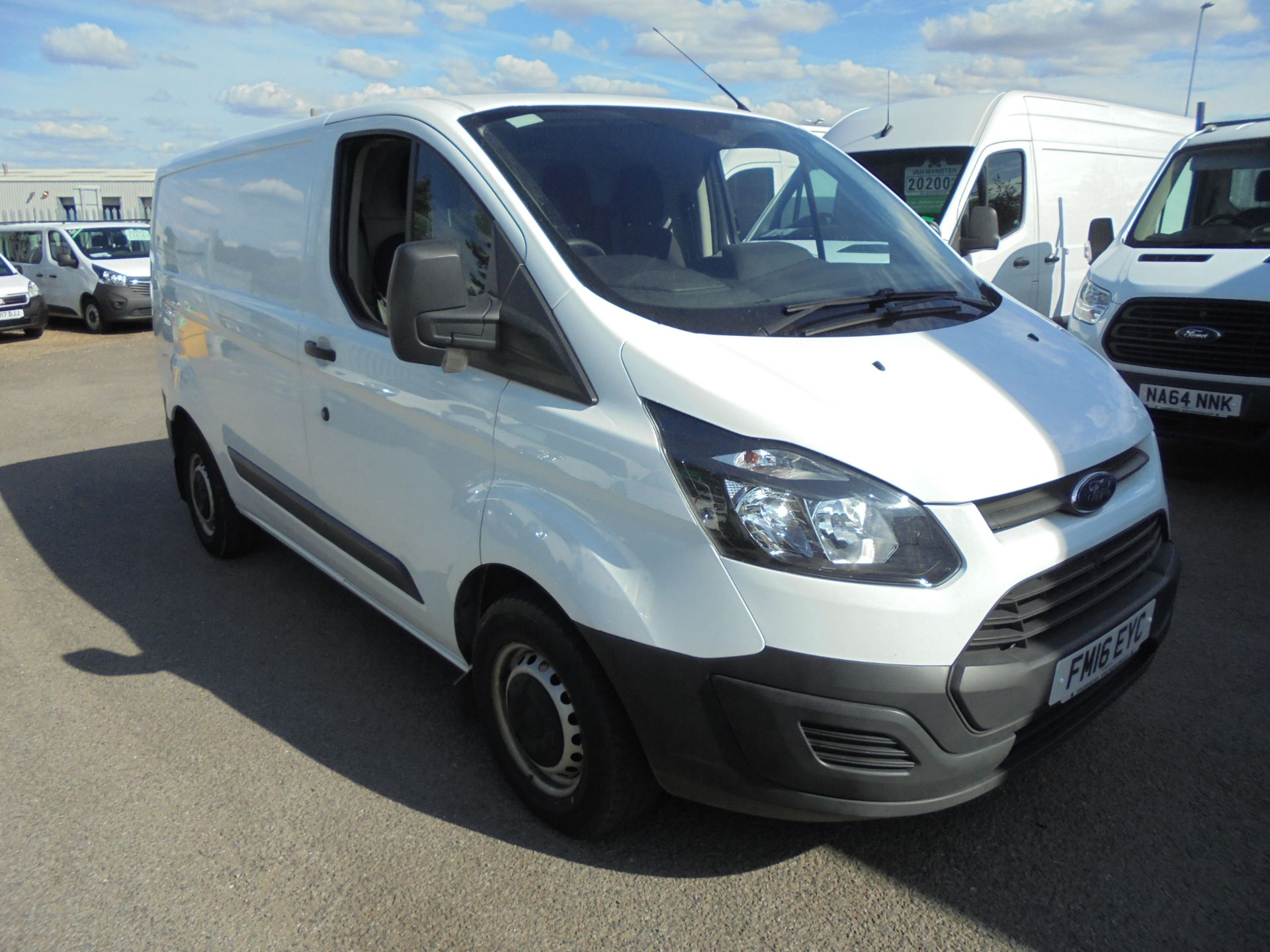 2016 Ford Transit Custom 290 L1 DIESEL FWD 2.2  TDCI 100PS LOW ROOF VAN EURO 5 (FM16EYC) Thumbnail 1