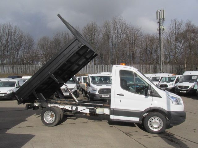 2016 Ford Transit 350 L2 SINGLE CAB TIPPER 125PS EURO 5 (FM16UBF) Image 18