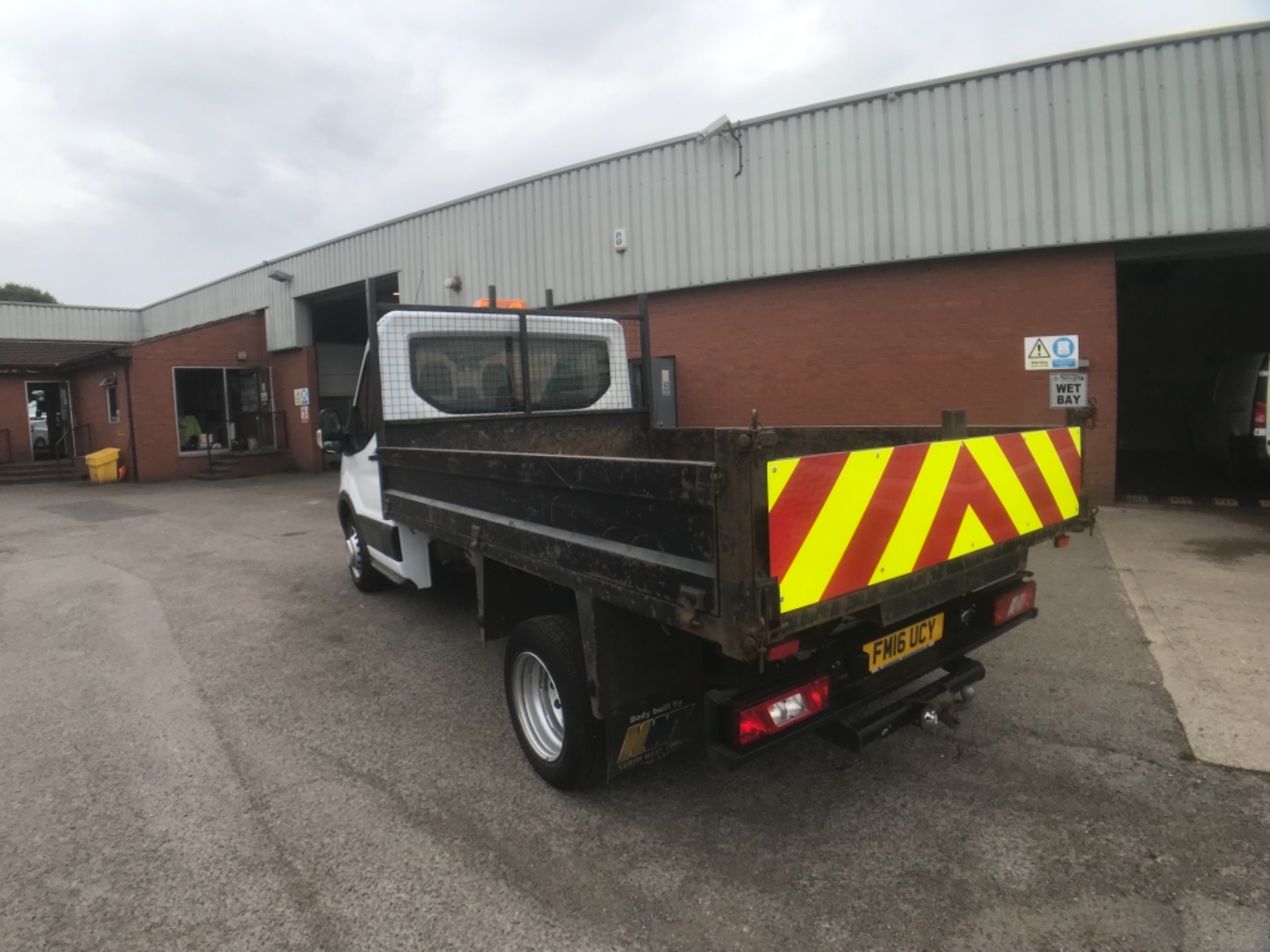 2016 Ford Transit  350 L2 SINGLE CAB TIPPER 125PS EURO 5 (FM16UCY) Image 8