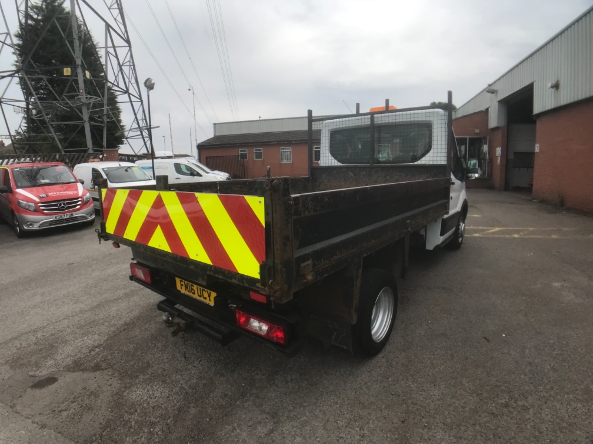 2016 Ford Transit  350 L2 SINGLE CAB TIPPER 125PS EURO 5 (FM16UCY) Image 6