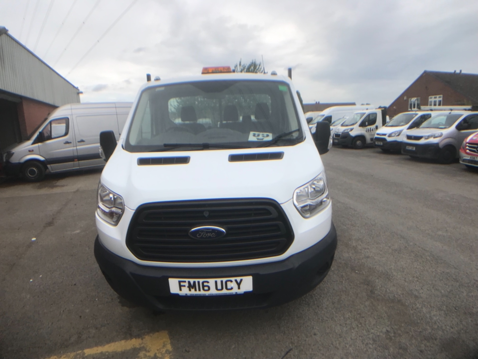 2016 Ford Transit  350 L2 SINGLE CAB TIPPER 125PS EURO 5 (FM16UCY) Image 2
