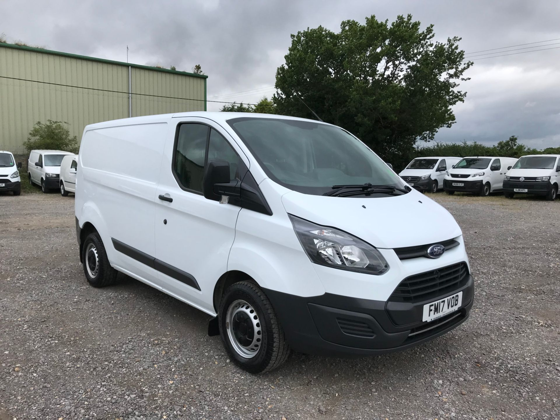 2017 Ford Transit Custom  290 L1 DIESEL FWD 2.0 TDCI 105PS LOW ROOF VAN EURO 6 (FM17VOB)