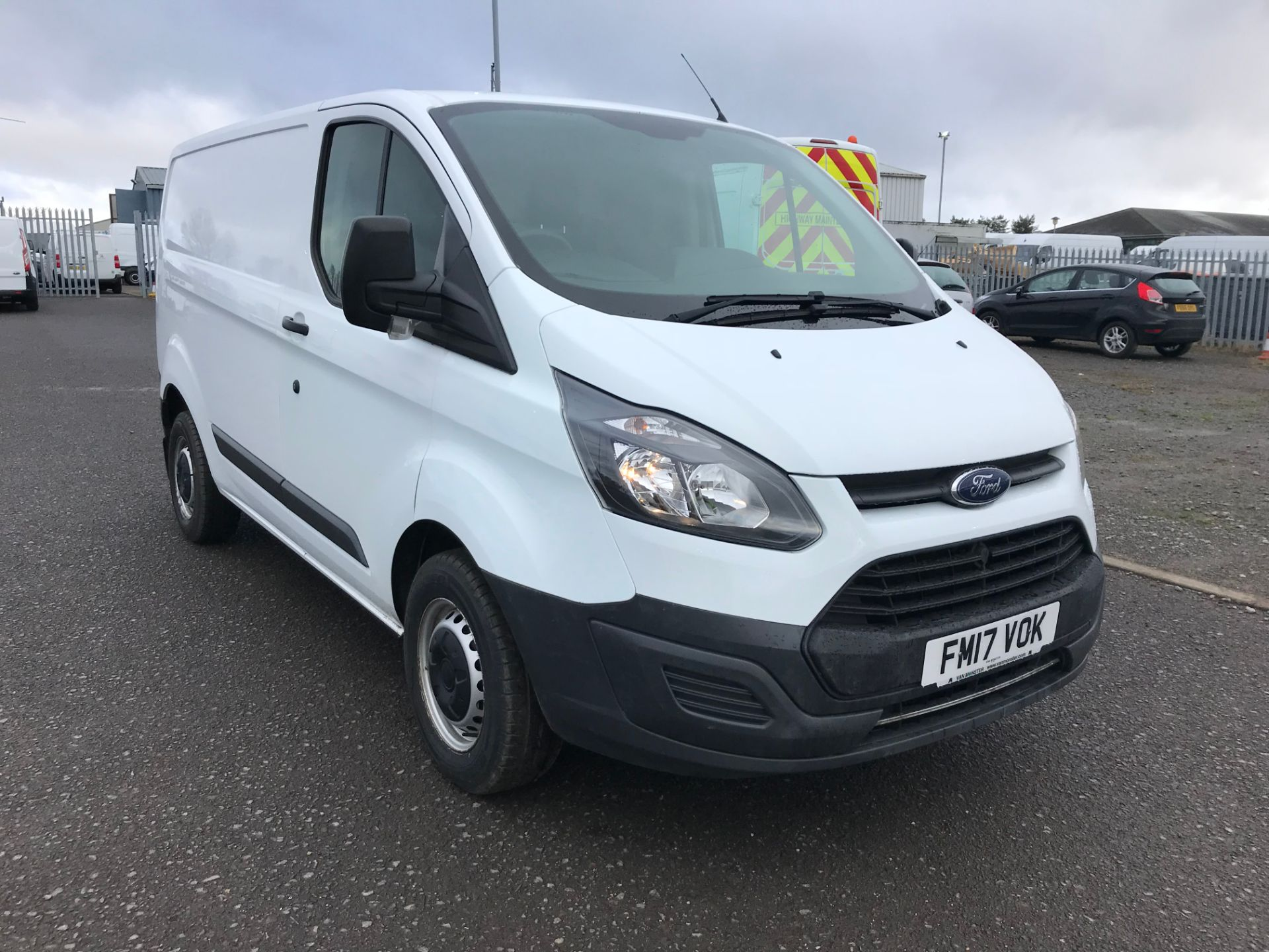 2017 Ford Transit Custom 2.0 Tdci 105Ps Low Roof Van (FM17VOK)