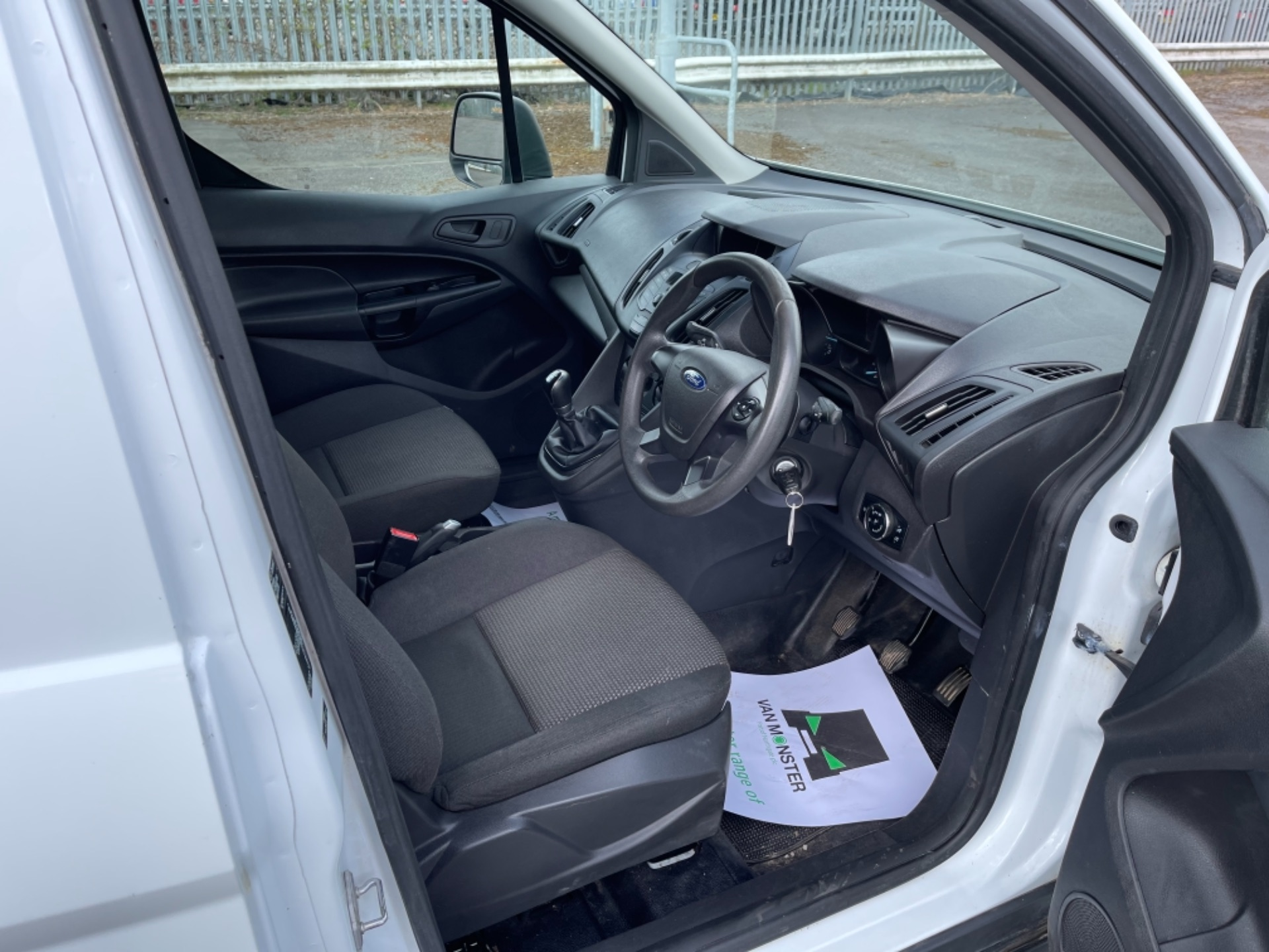 2017 Ford Transit Connect 1.5 Tdci 75Ps Van (FM17VRF) Image 13