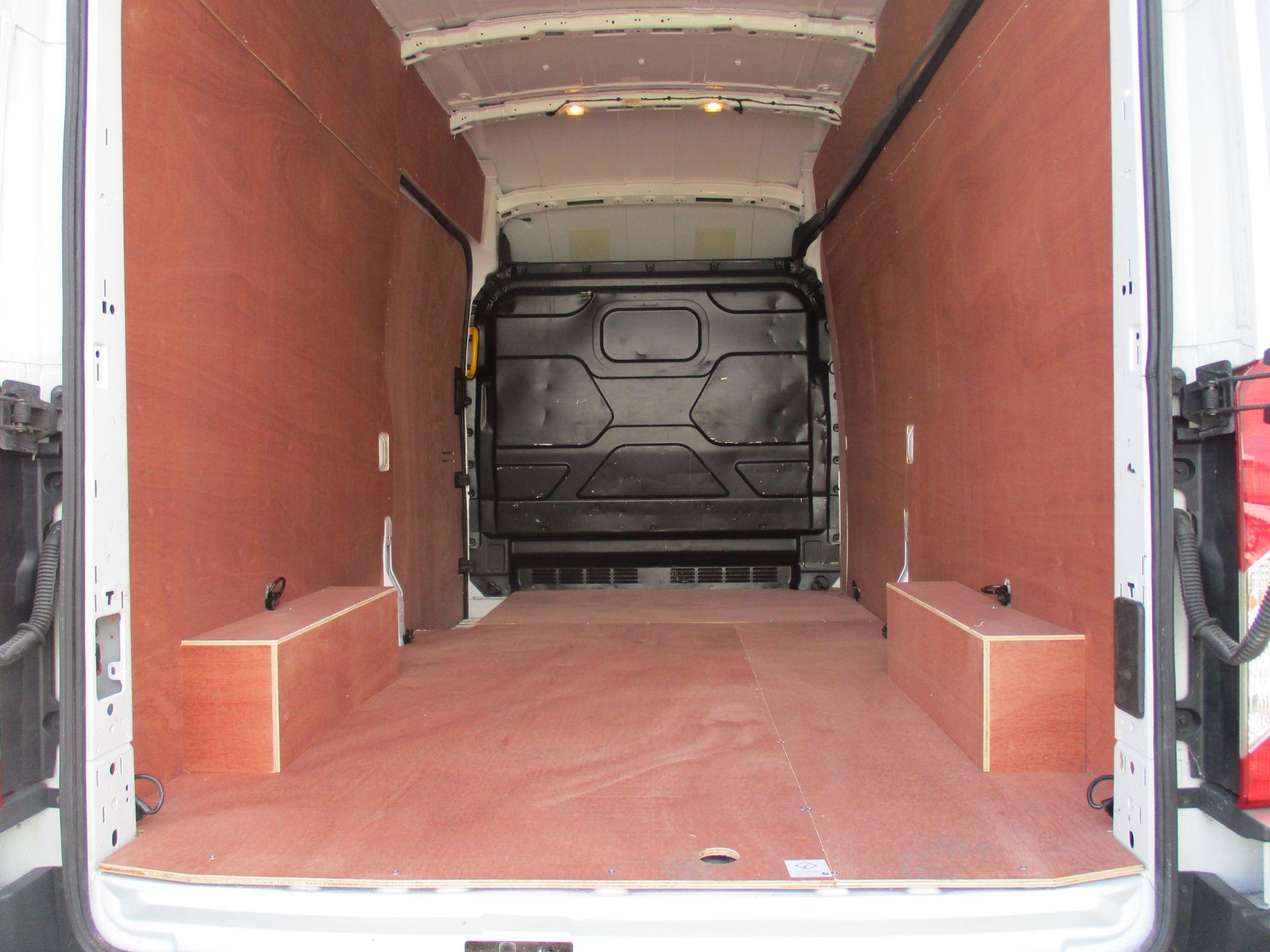 2017 Ford Transit L3 H3 VAN 130PS EURO 6 (FM17VRP) Image 11