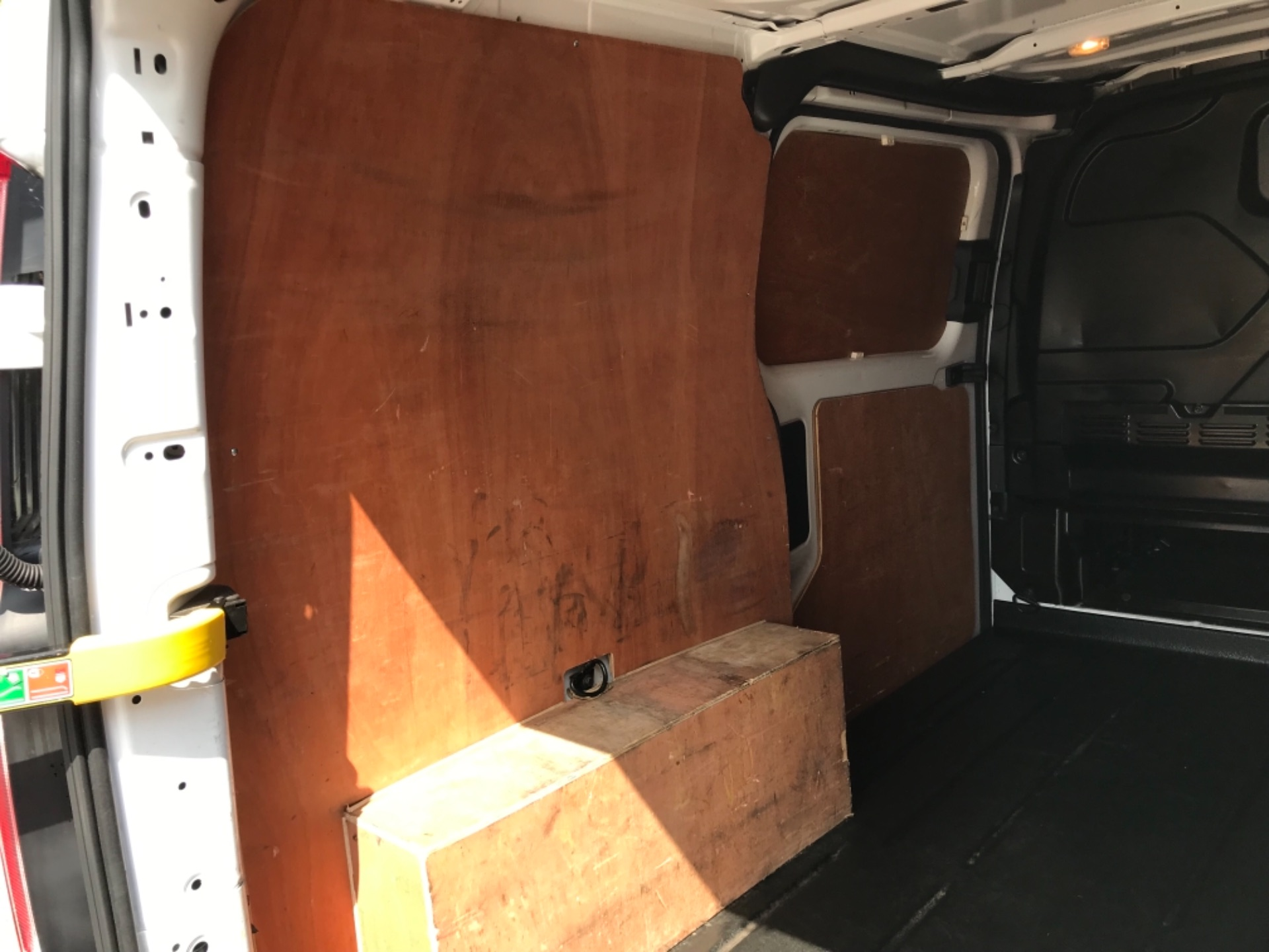 2017 Ford Transit Custom 2.0 Tdci 130Ps Low Roof Trend Van EURO 6 (FM17VRR) Image 38