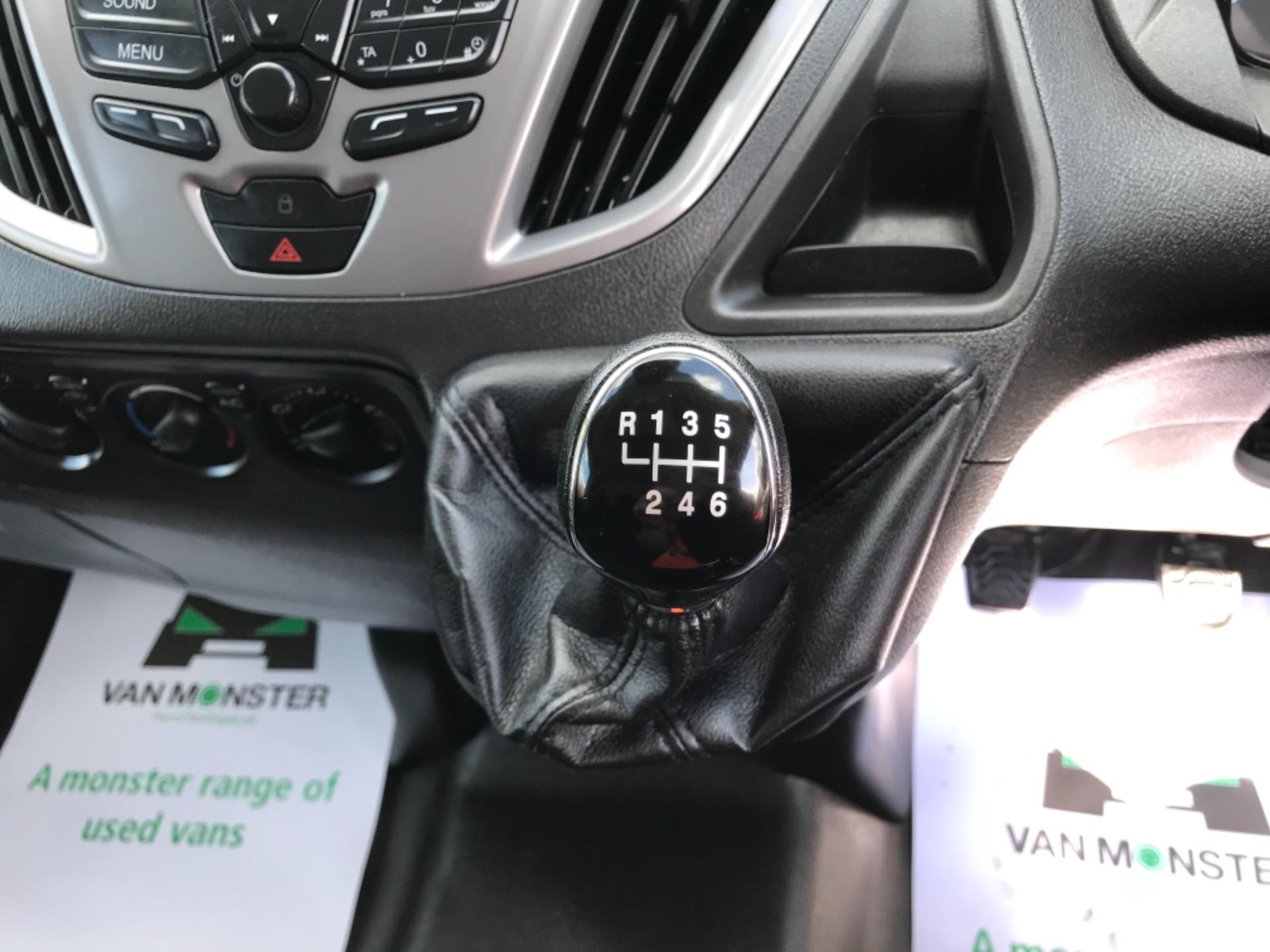 2017 Ford Transit Custom 2.0 Tdci 130Ps Low Roof Trend Van EURO 6 (FM17VRR) Image 26