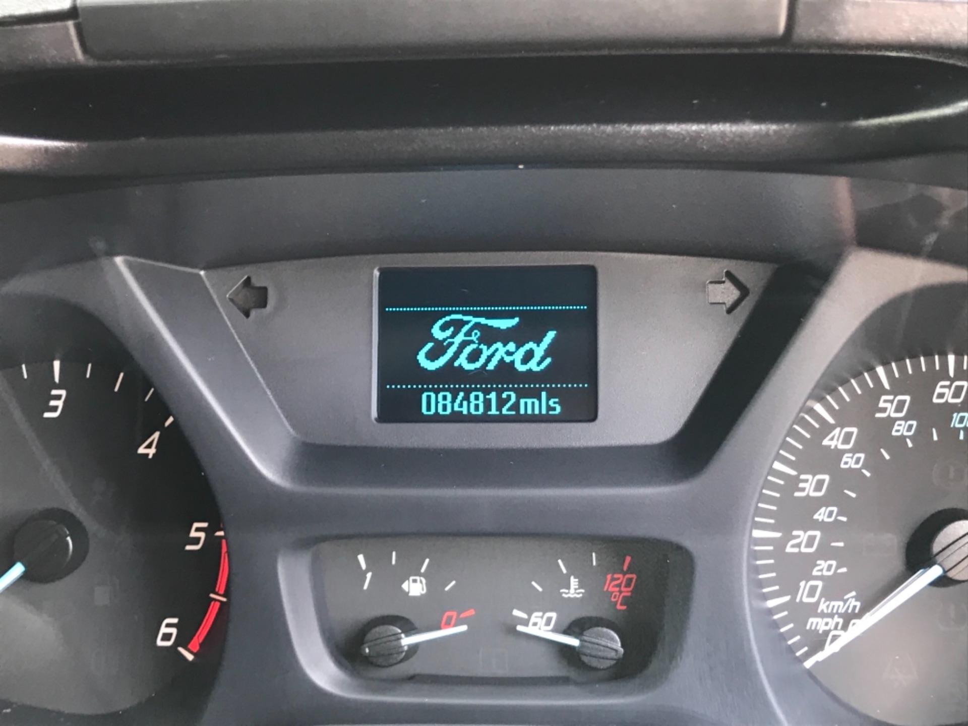 2017 Ford Transit Custom 2.0 Tdci 130Ps Low Roof Trend Van EURO 6 (FM17VRR) Image 9
