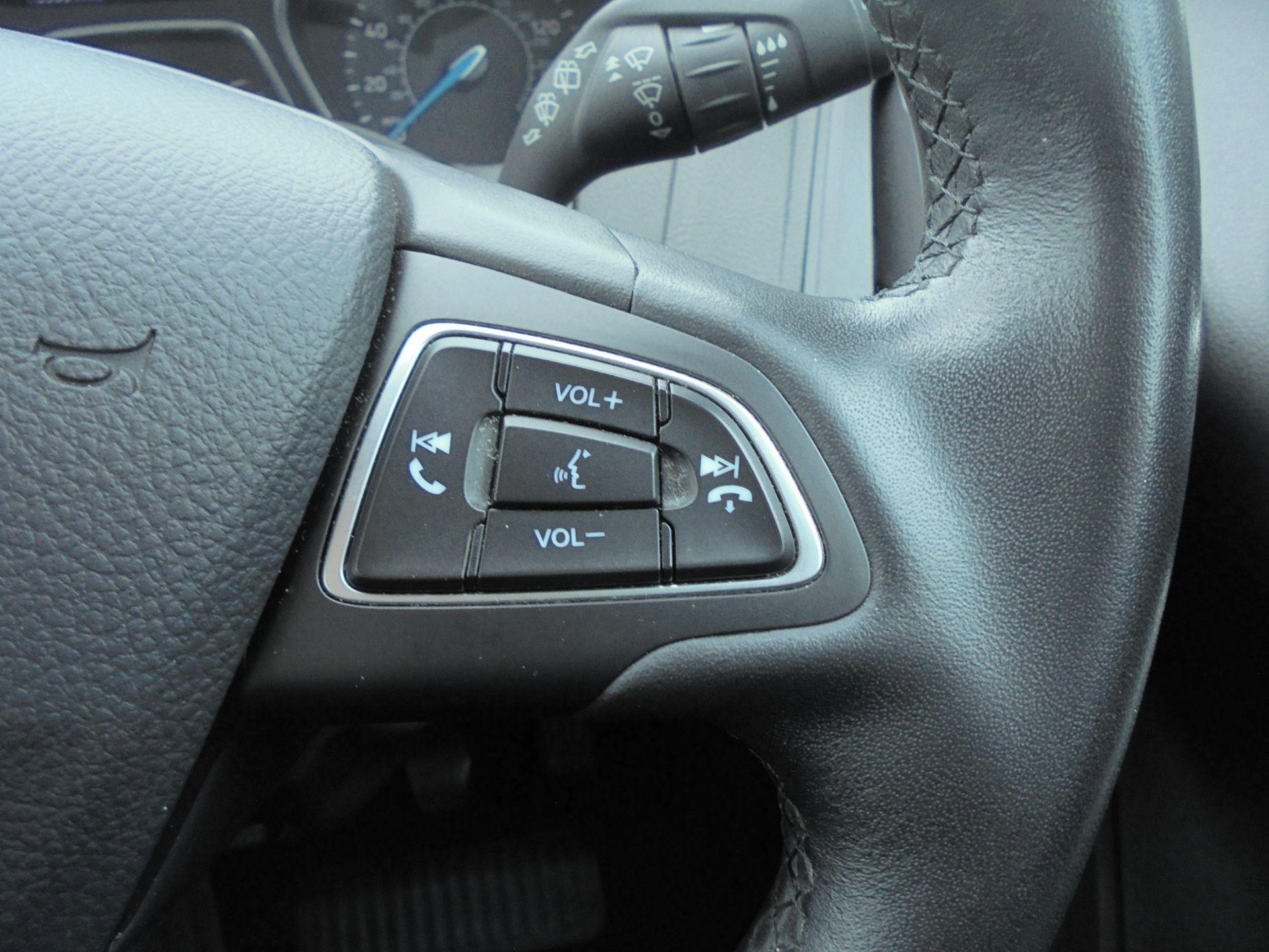 2017 Ford Focus 1.5 Tdci 120 Zetec Edition 5Dr (FM17VTX) Image 18