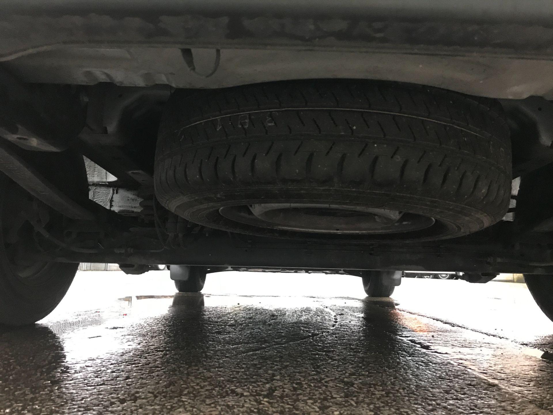 2017 Ford Transit Custom 290 L1 2.0TDCI 105PS LOW ROOF EURO 6 (FM17VVW) Image 22