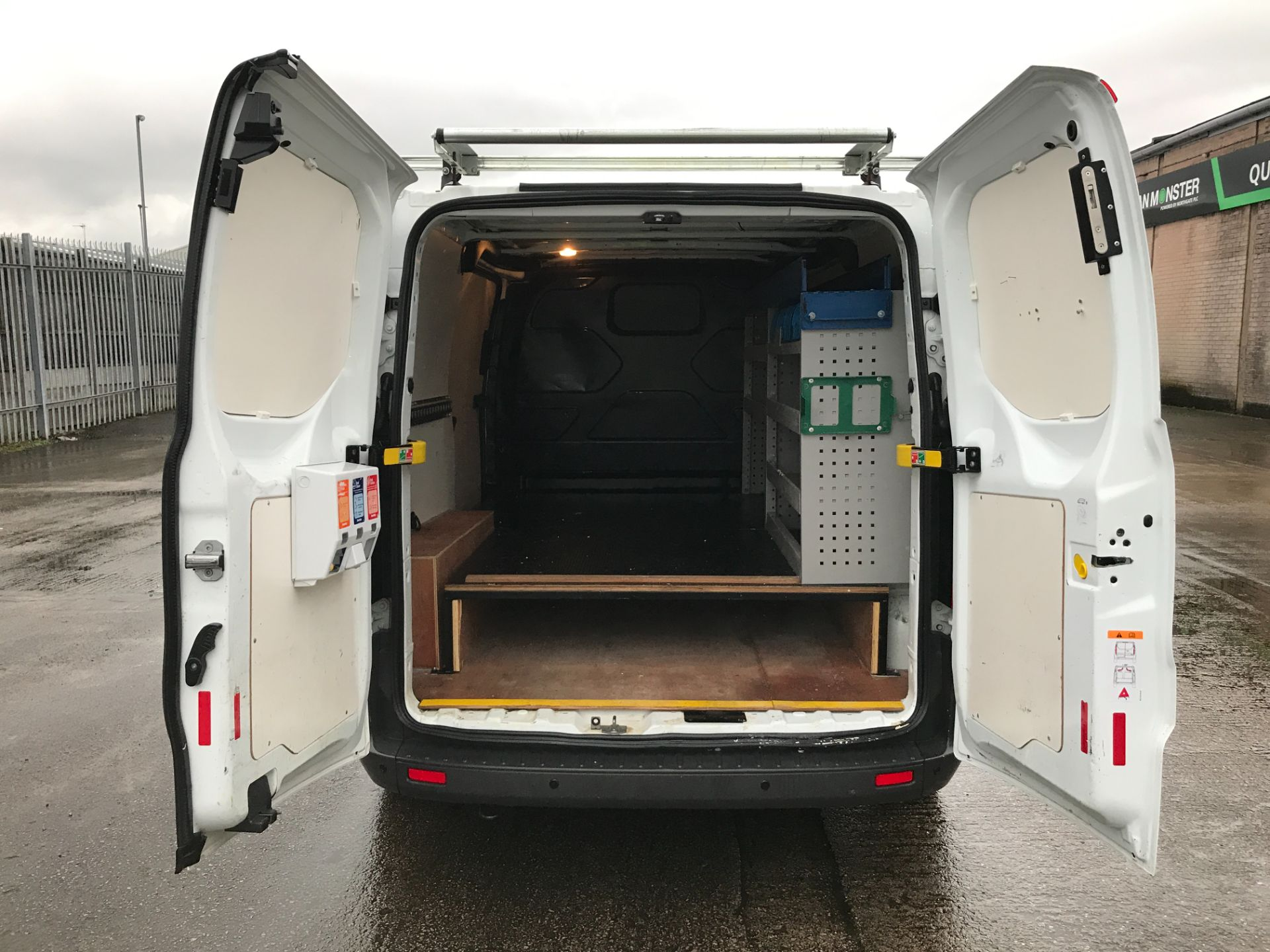 2017 Ford Transit Custom 290 L1 2.0TDCI 105PS LOW ROOF EURO 6 (FM17VVW) Image 20