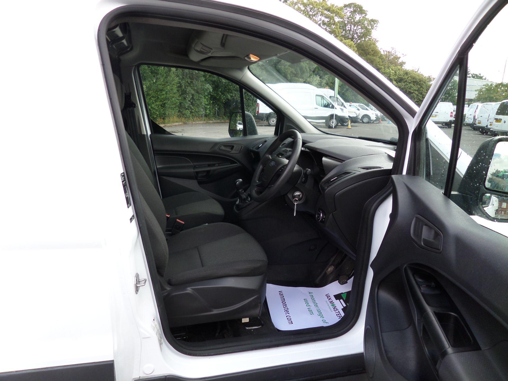 2017 Ford Transit Connect 1.5 Tdci 100Ps L2  Van Euro 6 (FM17VYA) Image 11
