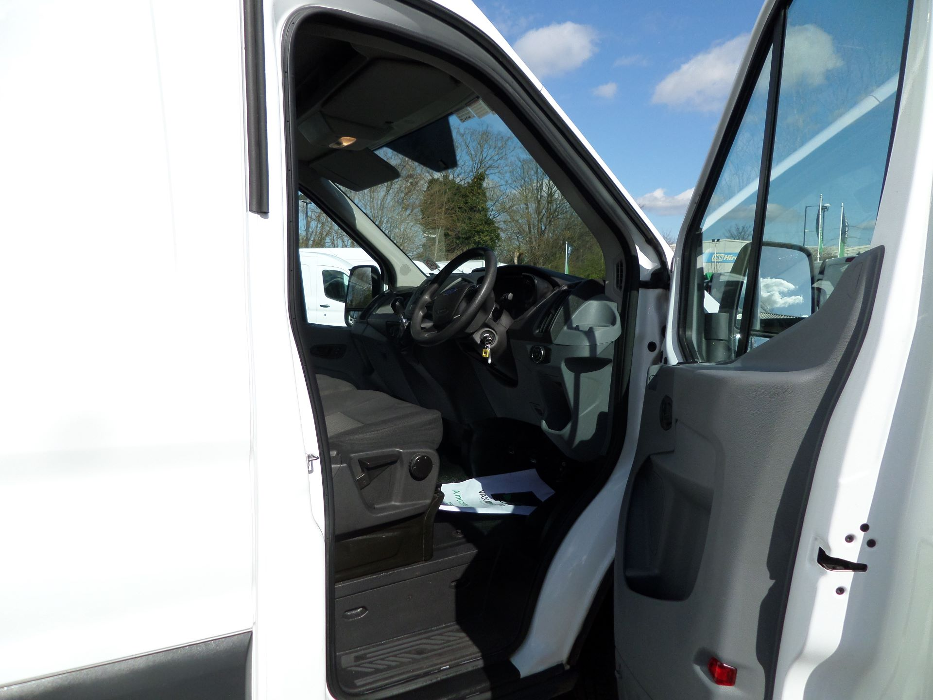 2017 Ford Transit 2.0 Tdci 130Ps H3 Van Euro 6 ( Limited To 70MPH ) (FM17VYB) Image 11