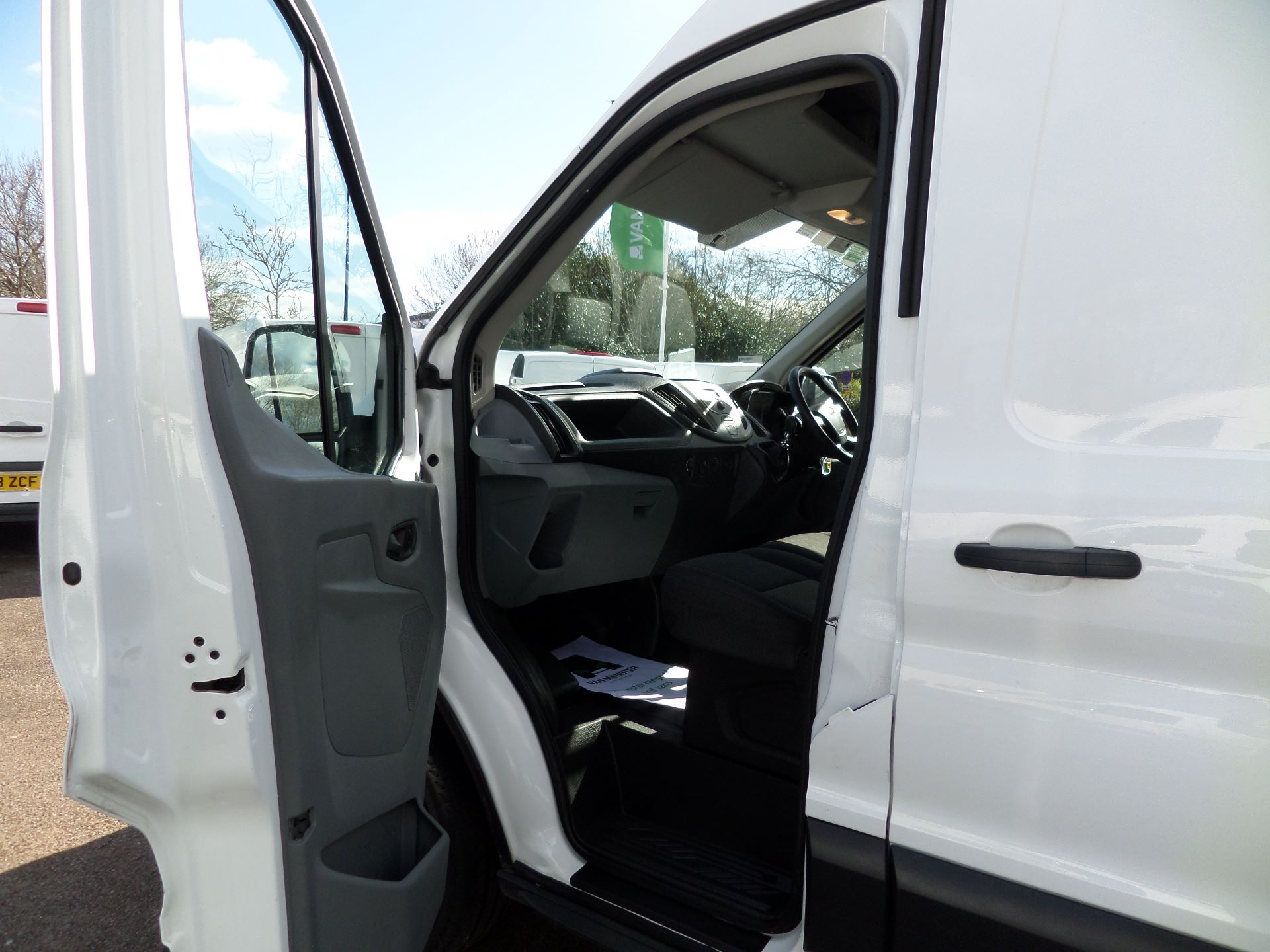 2017 Ford Transit 2.0 Tdci 130Ps H3 Van Euro 6 ( Limited To 70MPH ) (FM17VYB) Image 8