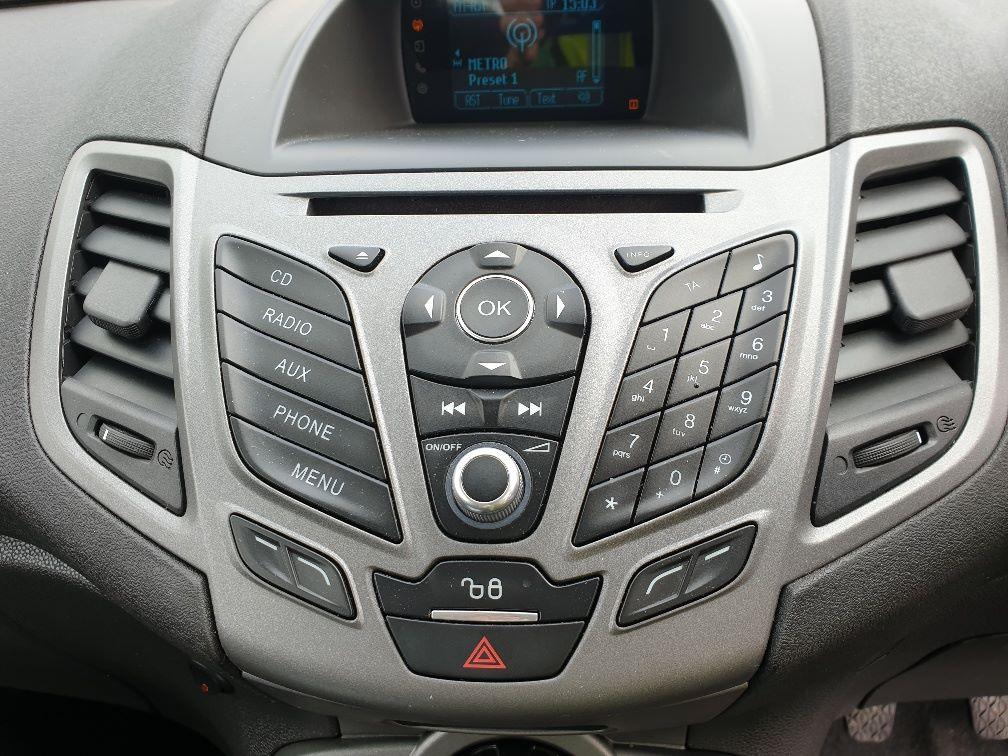 2016 Ford Fiesta DIESEL 1.5 TDCI VAN EURO 6 (FN16UUX) Image 21