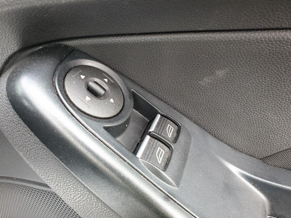 2016 Ford Fiesta DIESEL 1.5 TDCI VAN EURO 6 (FN16UUX) Image 14